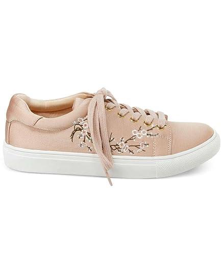 7855e18556e7d1 Amazon.com  Nanette Lepore Womens Winona Leather Low Top Lace Up Fashion