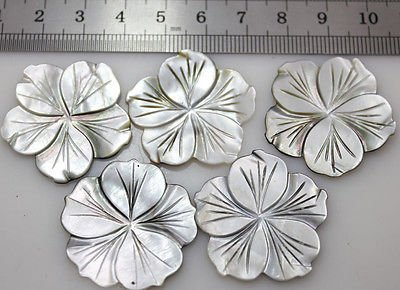 10pcs 30mm gray shell mother of pearl flower loose gem stone charm ()
