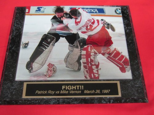Patrick Roy vs Mike Vernon Engraved Collector Plaque w/8x10 GOALIE FIGHT (Patrick Roy Photograph)