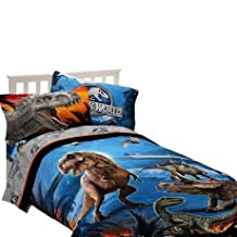 """Universal Studios Home Entertainment Jurassic World """"Dinosaur Attraction"""" Twin/Full Comforter ONLY. Picture is shown with sheets which need to be purchased separately"""