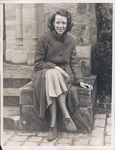 1935 Isabel Scribner Stearns Manchester Graduate Student Scholarship Photo (Best Scholarships For Graduate Students)