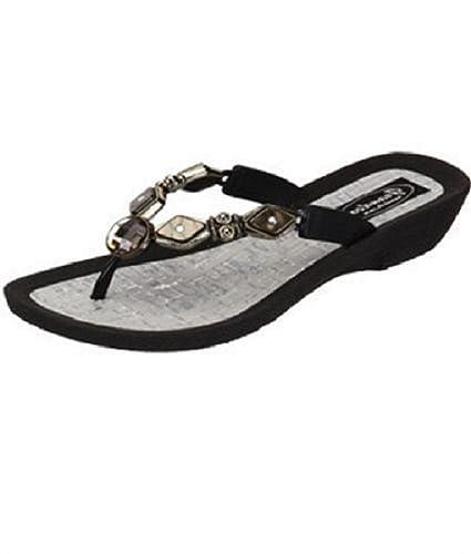 29c572c0f942 Grandco Womens Diamond Pearl Style Thong Sandal (6