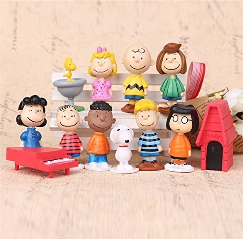 Charlie Playset 12 Figure Cake Topper USA SELLER Toy Set
