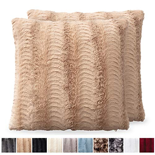 The Connecticut Home Company Original Faux Fur Pillowcases, Set of 2 Decorative Case Sets, Throw Pillow Covers, Luxury Soft Cases for Kids Bedroom, Living Room, Couch and Bed, 20x20 inch, Beige (Set Decorative Of Two Pillows)