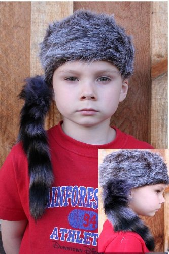 Davvy Crockett Real Fur Tail Hat (Kids Approximate 20