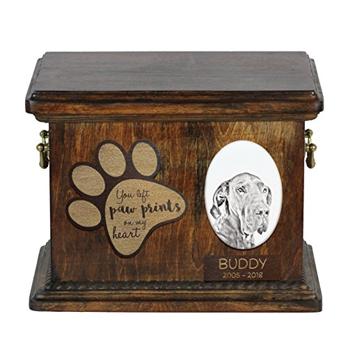 Art Dog Ltd. Great Dane, urn for dog's ashes with ceramic plate and description ()