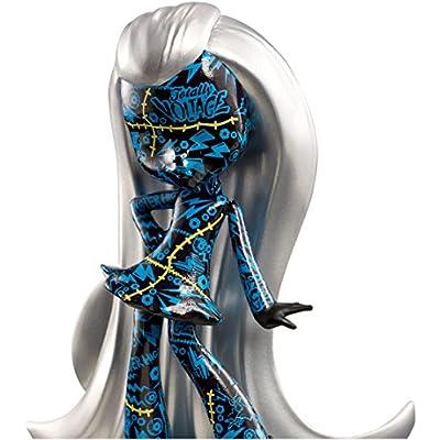 Monster High Vinyl Chase Frankie Figure: Toys & Games