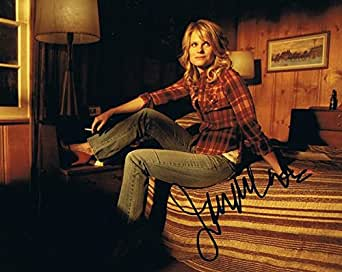 JOELLE CARTER - Justified AUTOGRAPH Signed 8x10 Photo B