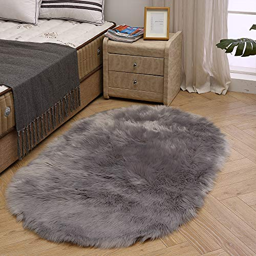 LEEVAN Super Soft Round Rug Faux Fur Wool Oval Carpet Fluffy Shaggy Kids Play Mat Girls Runner Area Rug for Sofa Floor or Living Room Bedroom Accent Home Decorate(Light Grey,3ft x 5ft) (Grey Rug Fuzzy)