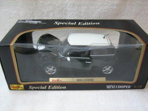 Mini Cooper Green 1:18 Diecast Model