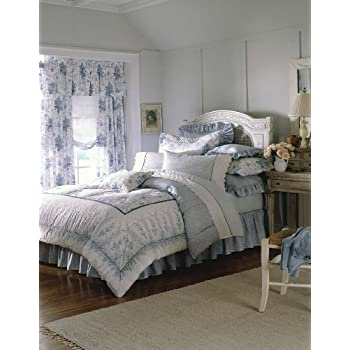 Amazoncom Laura Ashley Caroline Collection Bed In A Bag Twin - Laura ashley bedroom