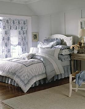 Laura Ashley Sophia Collection Queen Comforter Set