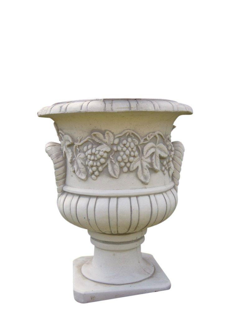 Amphore Weinreben, Skulptur aus Steinguss, Figur