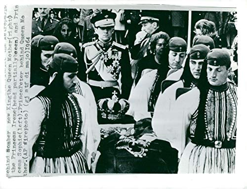 Vintage photo of The royal guards Evzone carry the coffin with King Paul I of Greece followed by Princess Sophia, King Constantin II and widow queen Frederika ()