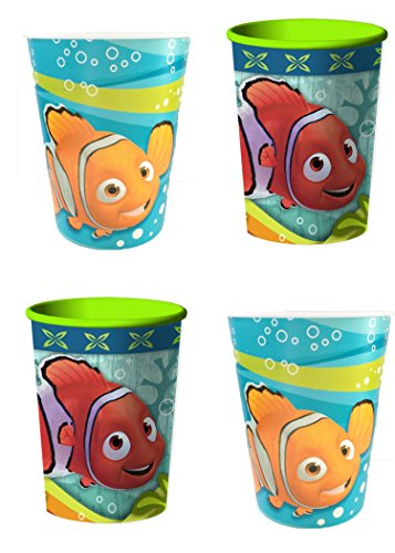 Finding Nemo Plastic Reusable 16 Ounce Cups (4-Pack)]()