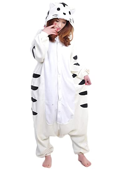 85aedf209e6c Amazon.com  OLadydress Unisex-Adult Tiger Animal Pajamas