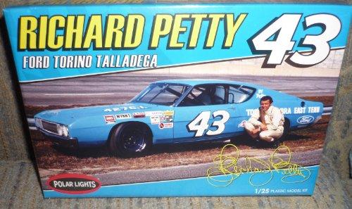 Polar Lights POL896/12 Richard Petty NASCAR Torino Talladega - Richard Petty Nascar