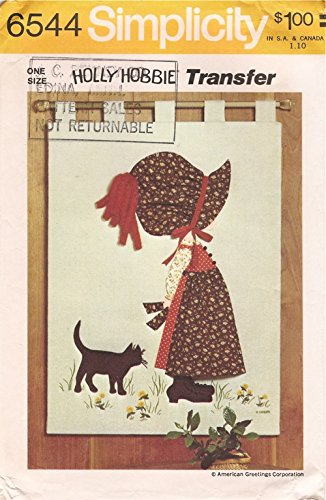 Holly Hobbie Wall Hanging Simplicity 6544 Vintage Sewing Pattern
