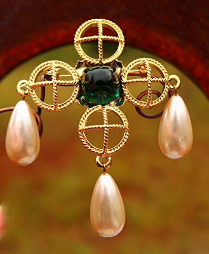 Maltese cross with dangle faux pearl drops green glass 22k gold plated BROOCH by Inga Engele made in USA lead free (Pearl Maltese Cross)