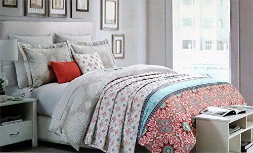 Envogue Bedding 3 Piece Full / Queen Duvet Cover Set with Red Light Blue Green Beige White Medallions -- Talon (Red White Blue Border)