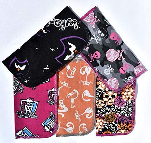 1 Ply Printed Flannel 9x9 Inches Little Wipes Set of 5 Girly Halloween Scenes ()