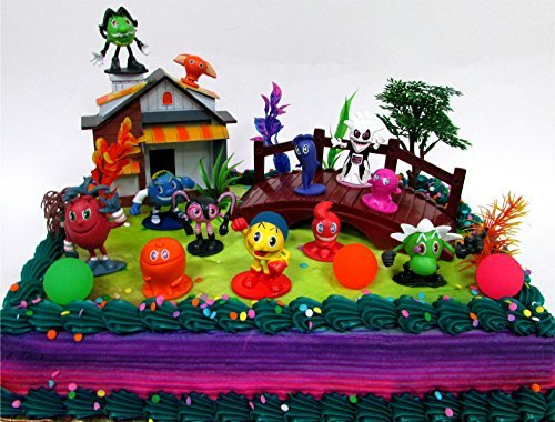 PAC-MAN 22 Piece Birthday CAKE Topper Set Featuring Random Pac-Man Figures and Decorative Themed Accessories, Figures Average 1