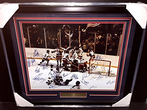 Autographed Reprint Copy Of 1980 Team Usa Miracle On Ice Framed 16x20 Photo - Autographed NHL Photos