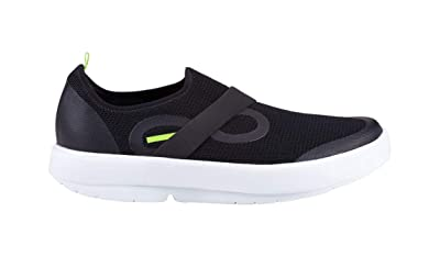 OOFOS Men's OOmg Low Slip-On Recovery Shoe