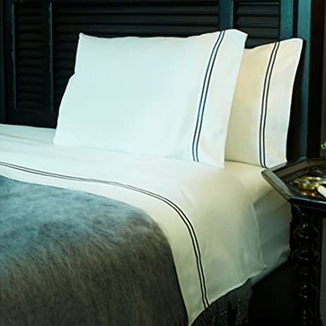 Hamptons 300 Thread Count 100% Egyptian Cotton Bed Sheet Set With 1 Flat, 1
