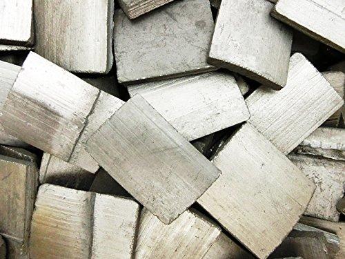 日本製  国産 | 高品質 匠の技 形の整った 竹炭 ( たけすみ ) | 約600枚入(5kg) | お部屋のインテリア 炊飯 浄水 消臭 空気浄化 シックハウス 湿気対策 ( 調湿 )に B01I85CJGQ