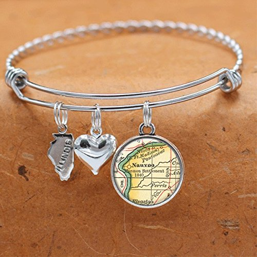 Amazon Com Map Charm Bracelet Nauvoo Il State Of Illinois Vintage