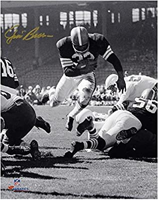 "Jim Brown Cleveland Browns Autographed 8"" x 10"" Vertical Touchdown Dive Photograph - Fanatics Authentic Certified"