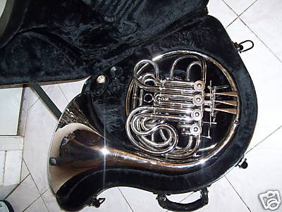 Silver Double French Horn, F/Bb key by Maestro