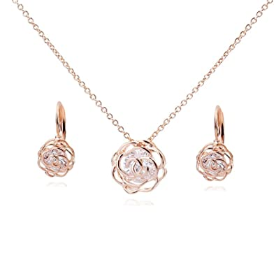 db1a2254767 Amazon.com  Flowers Roses Crystals from Swarovski Set Pendant Necklace 18