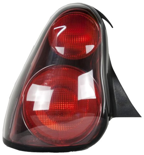 olet Monte Carlo Driver Side Taillight Assembly (Partslink Number GM2800180) ()