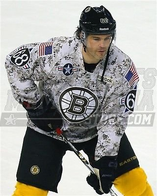 418f60c86 Image Unavailable. Image not available for. Color  Jaromir Jagr Boston  Bruins military night jerseys 8x10 11x14 16x20 photo 3059 - Size 16x20