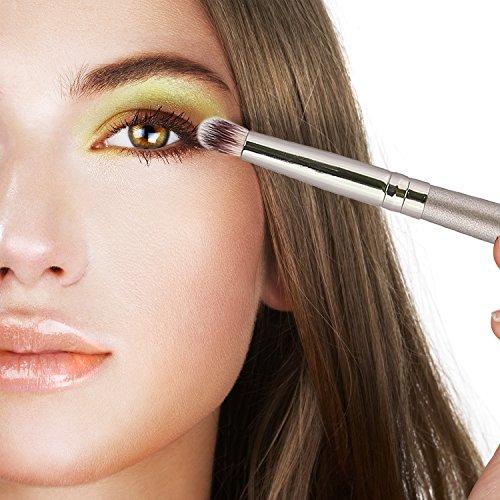 Amazon.com: KRAUMETIK 18 pcs Kabuki Makeup Brushes Set Professional Premium Synthetic Foundation Blending Blush Concealer Eye Face Liquid Powder Cream ...