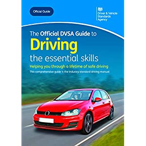 The official DVSA guide to driving: the essential skillsPaperback – 23 Oct. 2019