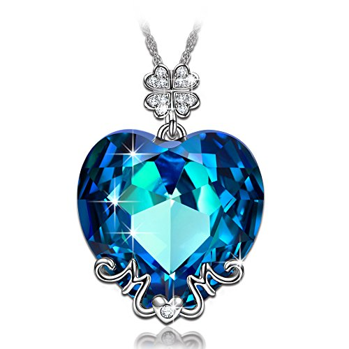 LadyColour Lucky Mom Pendant Necklace Swarovski Crystals Love Heart Jewelry for Women Christmas Gifts for Mom Xmas Gifts Birthday Gifts for Mom Wife Daughter Necklace for Mom Mother-to-be