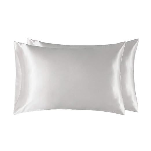 Bedsure Funda Almohada 50x75cm de Satén Pelo Rizado Blanco 2 Piezas - Muy Liso Suave de 100% Microfibra sin Cremallera