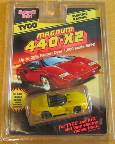Amazon com: TYCO 9046 Dodge Viper Convertible - Yellow - HO
