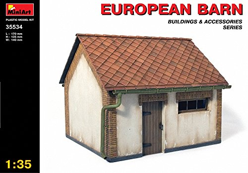 Models Dragon Set - MiniArt 1/35 European Barn with Bonus Figure Set by Dragon Models