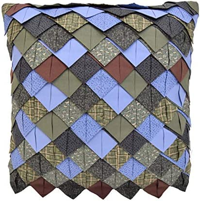 Donna Sharp Throw Pillow – Bear Lake Lodge Decorative Throw Pillow with Roof Tile Pattern – Square