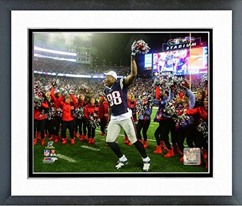 Martellus Bennett New England Patriots 2016 Afc Championship Game Action Photo  Size  12 5  X 15 5   Framed