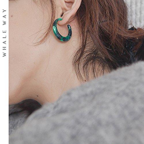 Green amber earrings crescent leopard natural texture circular ear ring earrings simple retro woman