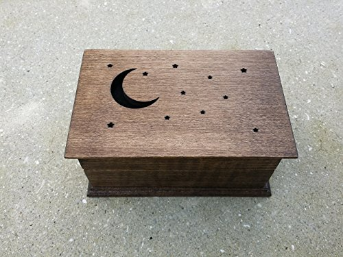 Engraved wooden music box, jewelry box with moon and stars, Twinkle Twinkle little star music box with your choice of color and song