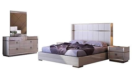Amazon.com: J&M Furniture Paris Modern King Bedroom Set in Cream, 5 ...