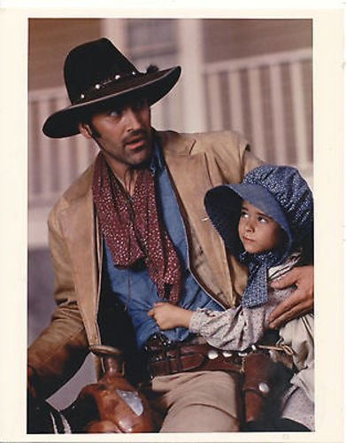 bruce-campbell-adventures-of-brisco-county-jr-8x10-copy-photo-cc6156