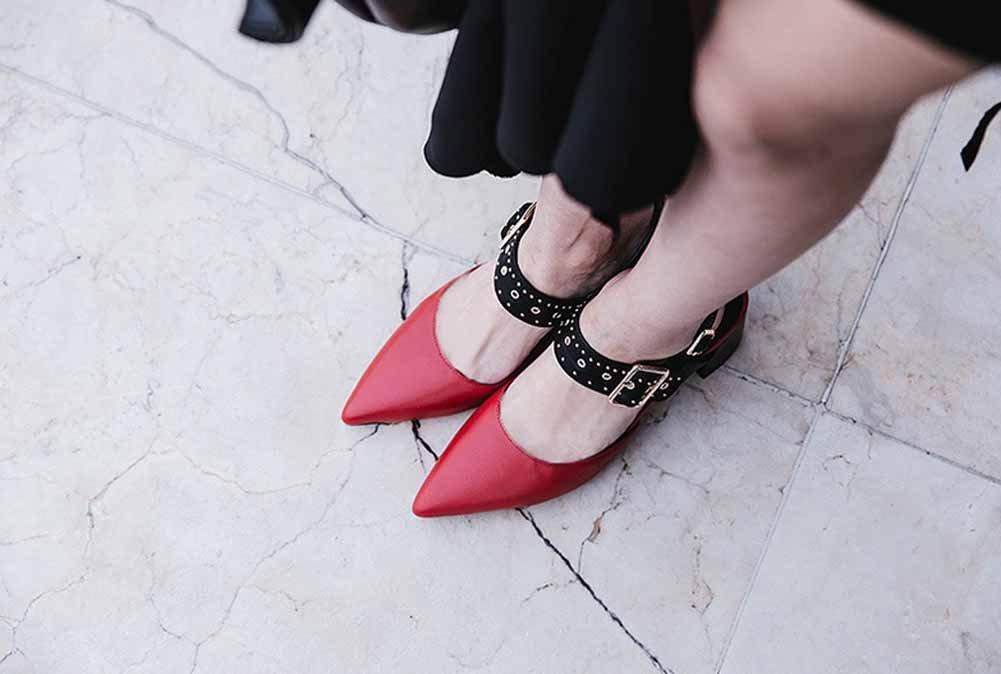 Frauen Spitzen Niet Sandalen Sandalen Sandalen 2018 Sommer Neue Leder High Heel europäischen Amerikanischen Slingback Schuhe Seite Schnalle Schuhe 5ea010