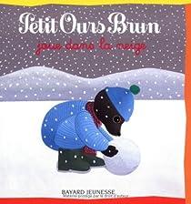 Petit Ours brun joue dans la neige par Lebrun